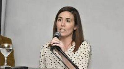 En la puerta y expectante: Jimena López podría entrar al Congreso por corrimiento de cargos