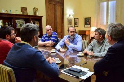 Tras su reelección, el intendente Héctor Gay se reunió con los ex candidatos opositores