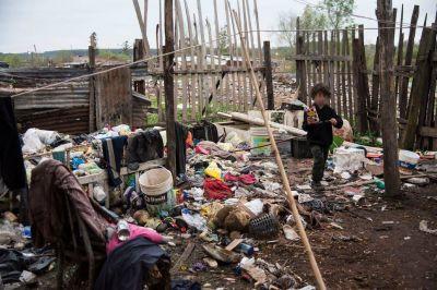 Hábitat: la mitad de los chicos vive cerca de focos de contaminación y sin acceso a algún servicio
