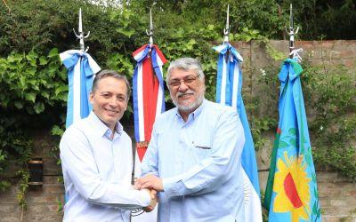 El titular del PJ bonaerense recibió al ex presidente de Paraguay, Fernando Lugo quienes observaron las elecciones generales