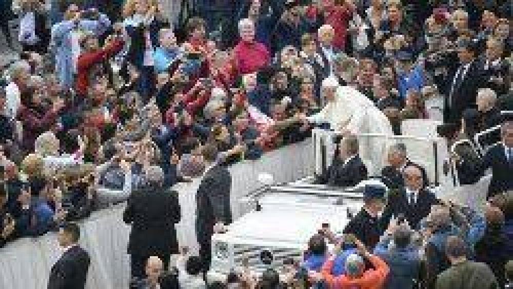 """""""Buscar soluciones justas a los desafíos y problemas en Iraq"""", llamamiento del Papa"""
