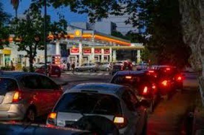 Naftas: Energía espera dos subas más para completar 15% a fin de año