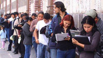 Se profundiza la crisis del mercado laboral en medio de la transición