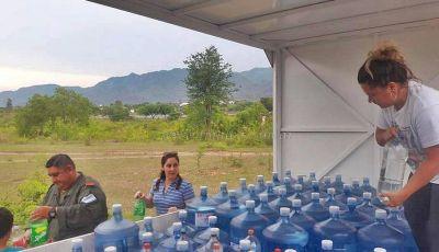 Salvador Mazza: ONG y empresa colectaron más de 2.000 litros de agua para El Sauzal