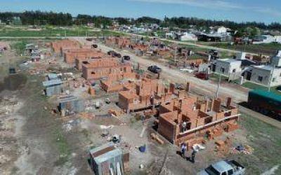 San Cayetano: Avanza la construcción de veinticinco viviendas