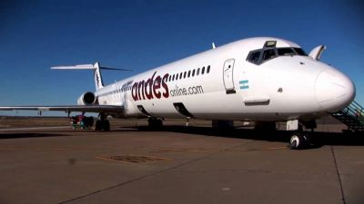 Andes suspende vuelos en todo el país y sus trabajadores no cobran hace 5 meses