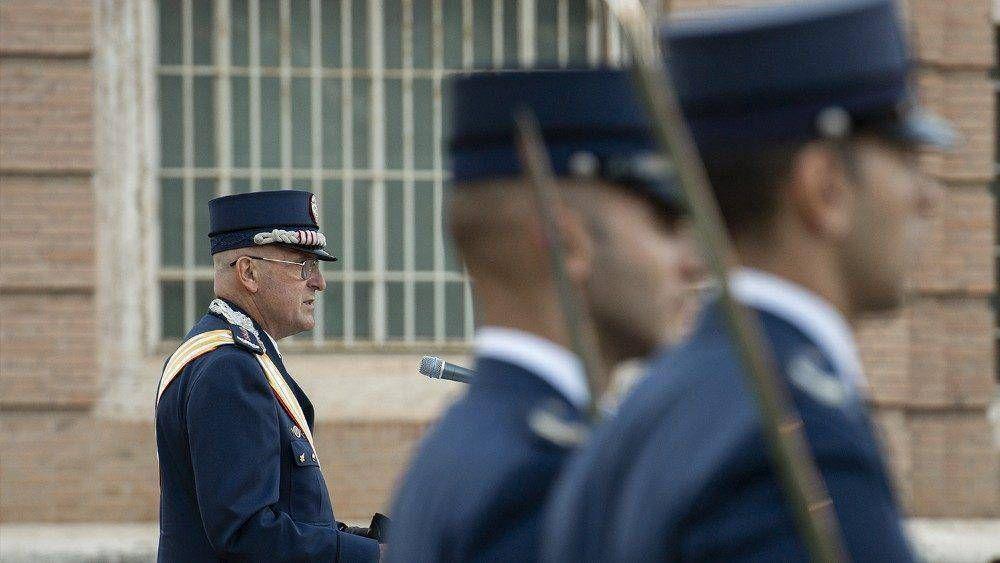 Domenico Giani recibe el título de Caballero de la Gran Cruz de la Orden Piana