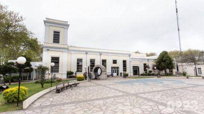 Los concejales comienzan a tratar la cesión por 15 años de la Plaza del Agua