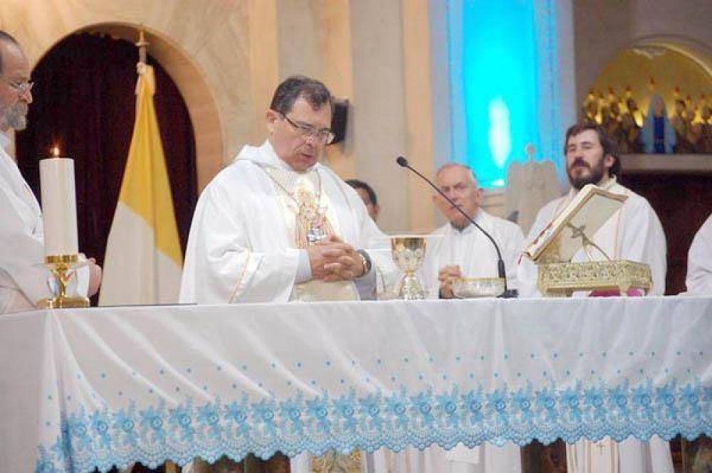 Saludo del obispo Tissera por los 92 años de Diario El Sol