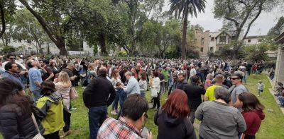 La elección de los argentinos en el exterior: Alberto Fernández ganó solo en 6 de los 82 países en los que se votó