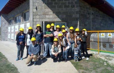 Más visitas a la Planta de Separación de Residuos