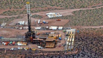 Vaca Muerta parada: las petroleras esperan señales de Alberto Fernández para reactivar inversiones