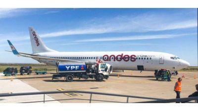 Andes Líneas Aéreas no puede pagar el combustible y canceló todos sus vuelos