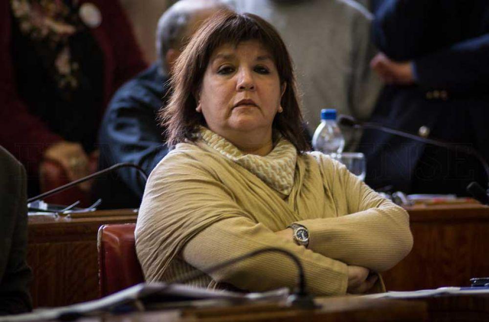"""Food trucks le responden a la concejal Coria: """"Ella y su familia siempre han vivido del estado"""""""