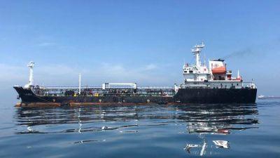 Nicolás Maduro prometió fondos para terminar los petroleros de PDVSA en un astillero argentino