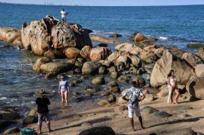 Los brasileños temen que el petróleo de las playas impacte en el turismo