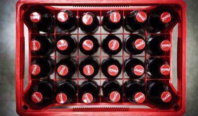 Revolución igualitaria en Coca-Cola: las mujeres cobrarán lo mismo que los hombres