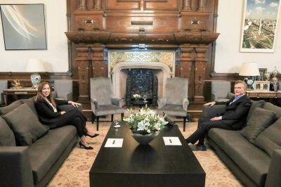 Vidal recibe fuego cruzado de Macri y ya enfrenta una interna en su armado