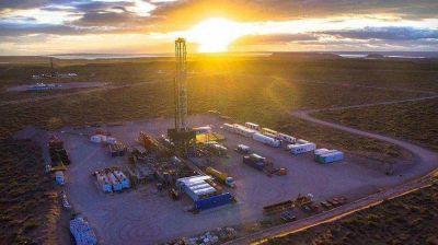 Alberto Fernández consensúa con las provincias petroleras el plan energético