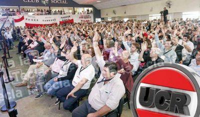 El radicalismo se corta solo y reagrupa su tropa de cara al nuevo Gobierno bonaerense