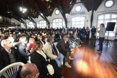 Sin descanso: Garro convoca a su gabinete, concejales y legisladores