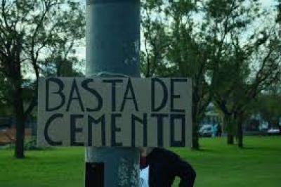 Inundados marcharon en La Plata contra la privatización de los espacios verdes