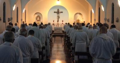 Con foco en la prevención de los abusos en la Iglesia, los obispos empezaron su plenario