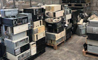 Escobar trasladó más de 5 toneladas de residuos de aparatos electrónicos para que sean reciclados