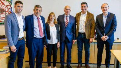 Ciudad selló acuerdo internacional para promover el bienestar económico y social