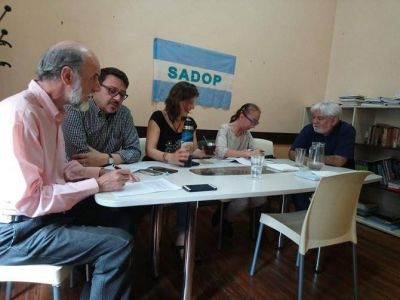 Insólito: USAL anunció un acuerdo paritario pero SADOP lo desconoce