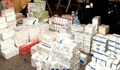 Secuestran 180 mil cajas de medicamentos truchos y detienen a 19 personas
