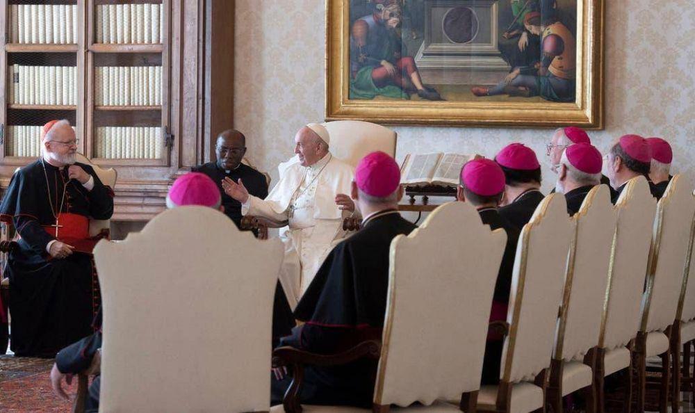 El cardenal Camillo Ruini, un nuevo y sutil enemigo del Papa