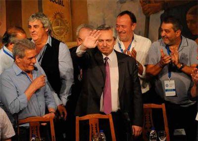 Alberto Fernández en la CGT: reconocimiento a CFK, fuerte respaldo, convocatoria e inicio del acuerdo social