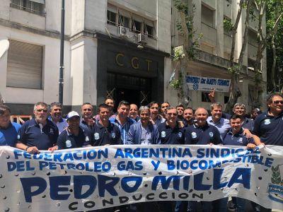 """Petroleros, en la CGT con Alberto: """"Una gran esperanza hacia la unidad"""""""