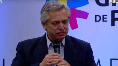 Alberto Fernández reveló que habló con Macron y dijo que le pidió a Piñera que