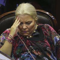 Se cae una denuncia floja de papeles de Carrió contra Scioli