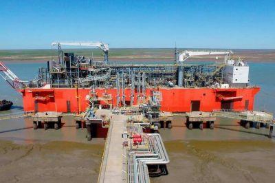 YPF. Desde Bahía Blanca, la Argentina exportó gas líquido por primera vez