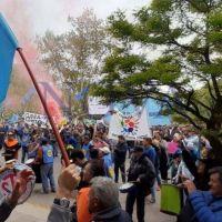 El Día del Trabajador Municipal se celebra con paro, movilización y reclamos