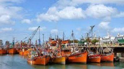 Portuarios amenazan con un paro nacional