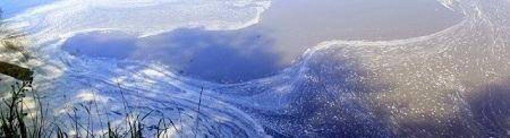 El Río Quequén afectado por deshechos cloacales y agrotóxicos