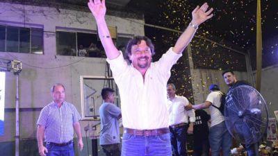 Gustavo Sáenz se impuso en Salta por casi 30 puntos de diferencia