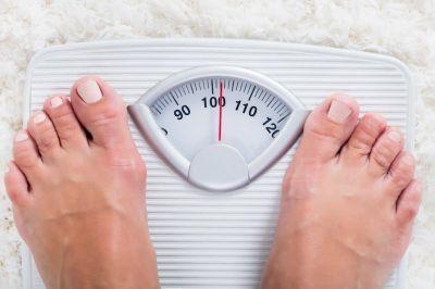 ¿Por qué los médicos creen que las personas con obesidad no quieren bajar de peso?