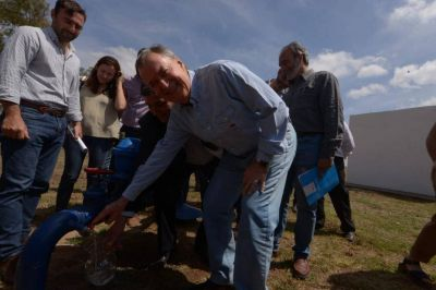 Toledo: inauguraron una nueva red de agua potable
