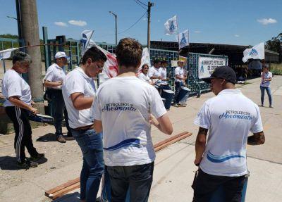 Protesta de petroleros en planta de gas de Almafuerte
