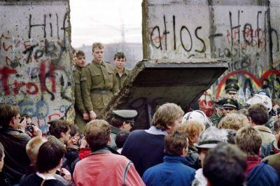 Los obispos europeos dicen que la caída del muro de Berlín fue 'profética'