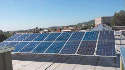 Una escuela de Caseros instaló 45 paneles y utiliza energía solar