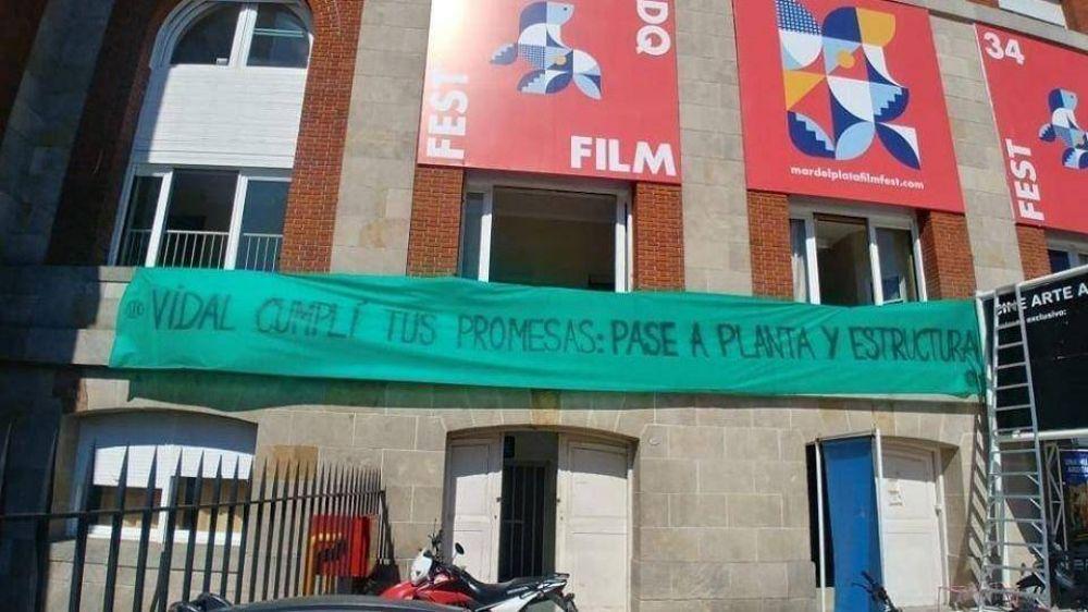 Trabajadores del Teatro Auditorium intervienen el Festival de Cine