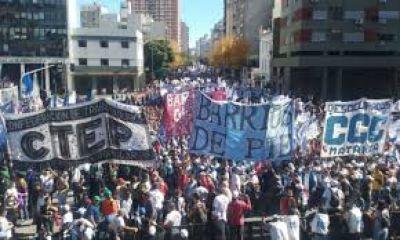 Los movimientos sociales crean un gremio unificado
