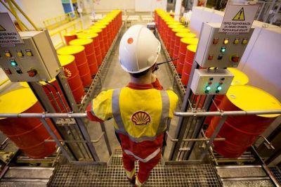 El Estado pagará a las petroleras $ 24.500 millones por los saltos devaluatorios