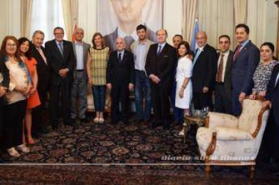 Encuentro entre el Grupo Parlamentario de Amistad Argentino-Sirio y diplomáticos de la Cancilleria